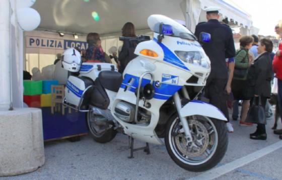 Lo stand della Polizia Locale (© Comune di Trieste)