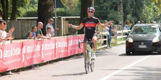 L'arrivo del vincitore dell'8^ edizione, lo sloveno Zan Jerkic (© Laura Tasca)