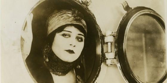 Alle Giornate del Cinema Muto di Pordenone la Vampira Theda Bara (© The Museum of Modern Art, New York)