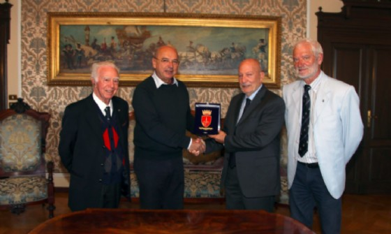 Incontro in Municipio tra il sindaco Dipiazza e il nuovo Presidente Nazionale della Lega Navale, Ammiraglio Maurizio Gemignani.