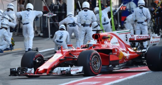 Il definitivo rientro ai box di Sebastian Vettel domenica a Suzuka
