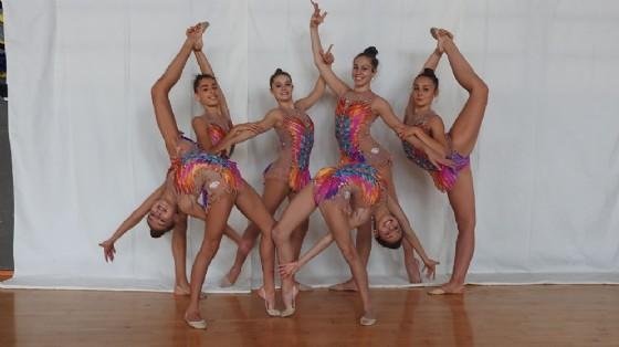 Atlete della Rhythmic School (© Rhythmic School)