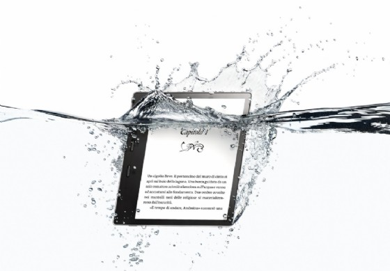 Kindle Oasis, Amazon presenta il nuovo lettore di eBook resistente all'acqua
