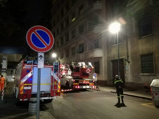 I vigili del fuoco intervenuti in corso Vittorio