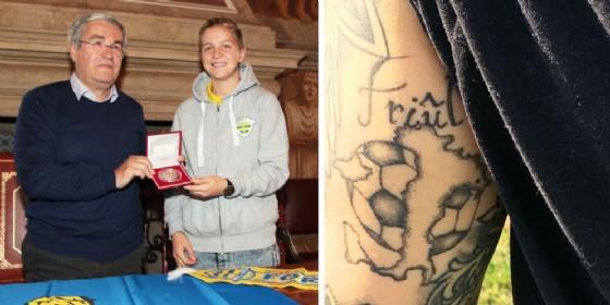 Clelland premiata dalla Provincia per i suoi gol e per il suo attaccamento al Friuli (© Upc)