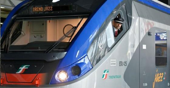 Treno regionale (© ANSA)