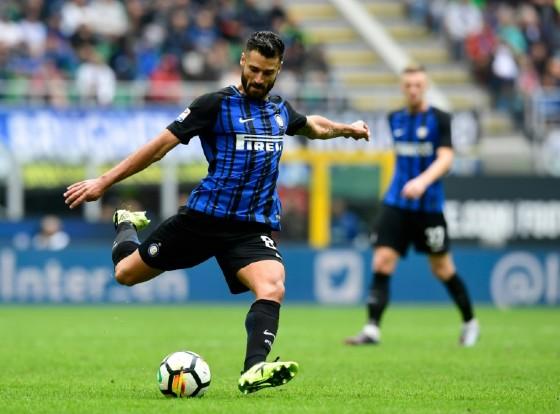 Inter Milan's Antonio Candreva kicks the ball during their Italian Serie A match against Spal, at San Siro Stadium in Milan, on September 10, 2017