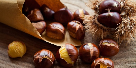 Nuova edizione per la Festa delle castagne di Montenars (© Shutterstock | Joanna Tkaczuk)