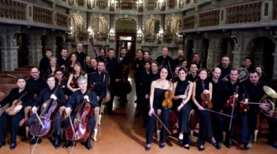 L'orchestra da Camera di Mantova (© Festival Pianistico)