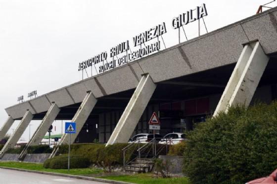 Trieste Airport: posizionata passerella del polo intermodale di Ronchi (© Diario di Gorizia)