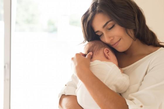 Il pianto del bambino accende il cervello materno in modo universale