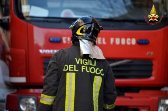 Incendio nelle 'case dei Puffi' a Trieste: 70 sfollati (© Diario di Trieste)