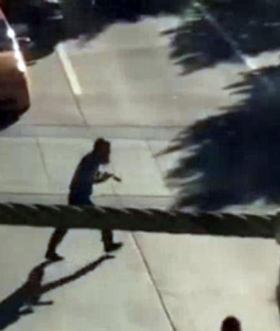 Il fermo immagine di un video NBC New York mostra il killer di New York