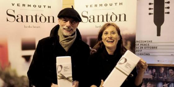 Un'edizione limitata di Santon Vermouth - Borgo San Daniele con un'etichetta di Beppe Giacobbe