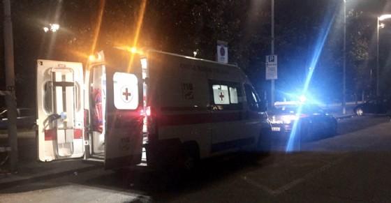 Ambulanza e carabinieri (© Croce Rossa)