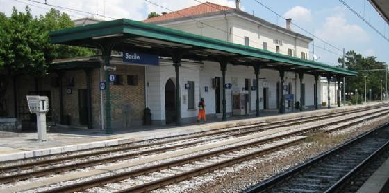 Richiesta a Regione e Trenitalia di correggere la bozza d'orario della Sacile-Maniago (© Wikipedia)