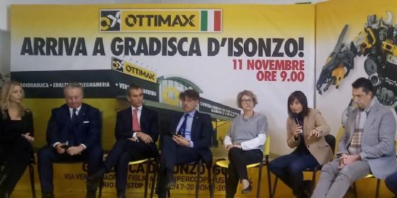 Serracchiani inaugura il più grande Brico italiano