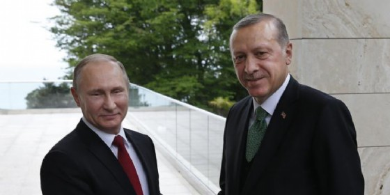 Vladimir Putin con il presidente turco, Recep Tayyip Erdogan
