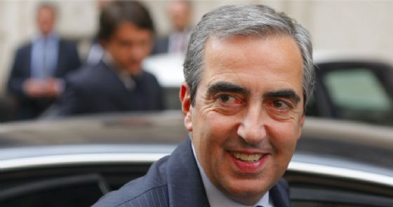 Gasparri ospite alla Bancarella per parlare di Repubblica italiana e confine orientale
