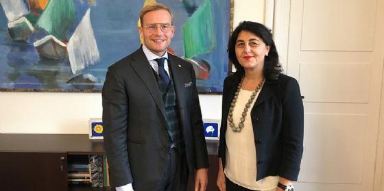 Mariagrazia Santoro (Assessore regionale Infrastrutture e Territorio) con Luigi Cantamessa (Direttore Fondazione Ferrovie dello Stato)