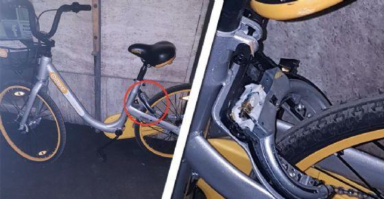 Le bici con il blocco distrutto (immagine d'archivio) (© Alberto Sovilla)