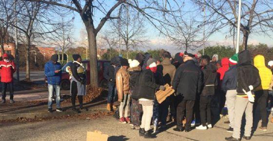 Rifugiati protestano a Moncalieri