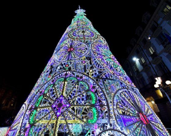 Albero di Natale in piazza Castello