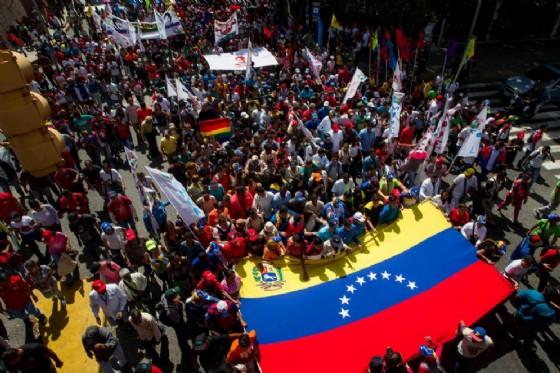 Venezuelani