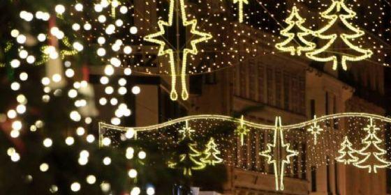 Pordenone, parcheggi multipiano gratuiti il pomeriggio per le spese natalizie (© Shutterstock.com)