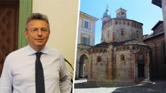 Il sindaco Cavicchioli ed il Battistero, monumento simbolo della città