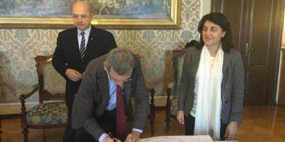 """""""Riordino della rete ospedaliera triestina"""": firmato l'accordo"""