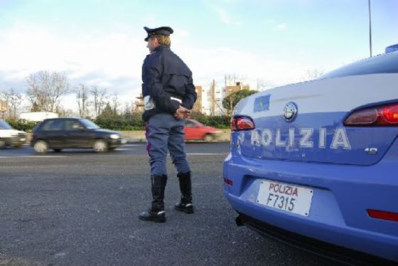 Rapinatore arrestato dalla polizia