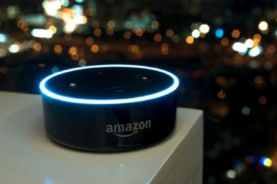 Alexa raggiunge il primo posto negli App Store