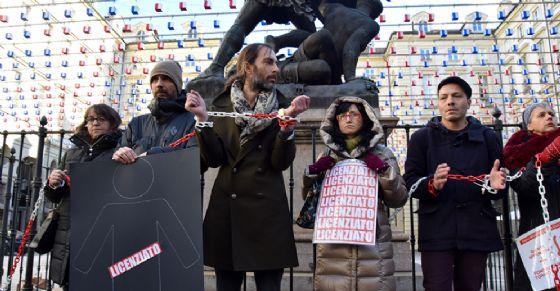 Fondazione Torino Musei, addetti si incatenano davanti a Comune