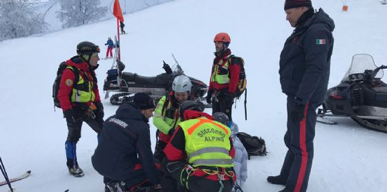 Soccorso dal Cnsas un ragazzo caduto sulla pista del Piancavallo (© Corpo Nazionale Soccorso Alpino e Speleologico)