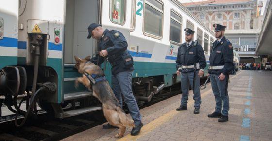Controlli alla stazione di Porta Nuova (© Questura Torino)