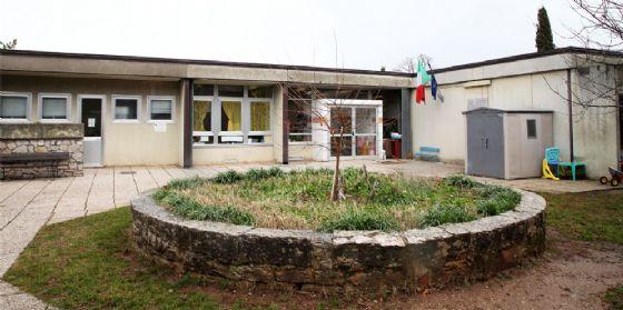 Sopralluogo alla scuola dell'Infanzia di Basovizza dopo il rifacimento del tetto (© Comune Ts)