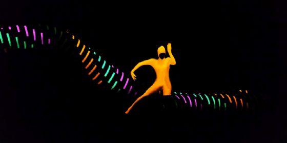 """Nel weekend doppio appuntamento con la danza con """"Night Garden"""" di Anthony Heinl (© Ente Regionale Teatrale del Friuli Venezia Giulia)"""