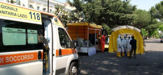 Un'ambulanza dell'Azienda Regionale Emergenza Sanitaria 118
