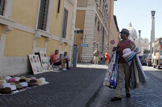 San Pietro, il Comune di Roma prova a contrastare l'abusivismo
