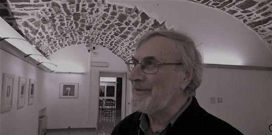 Alla biblioteca isontina finissage dell'esposizione del maestro Franco Dugo