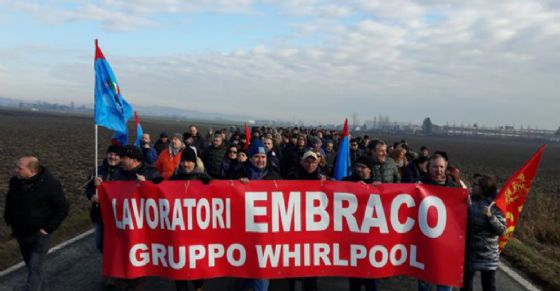 Manifestazione dell'11 gennaio dei lavoratori Embraco (© ANSA)