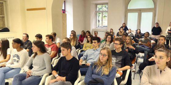 Conferenza: 'Le nuove dipendenze' da quelle tecnologiche alle quelle affettive (© Diario di Udine)