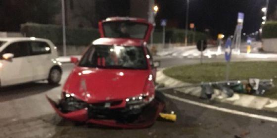 Incidente all'alba a Plaino: una persona finisce all'ospedale