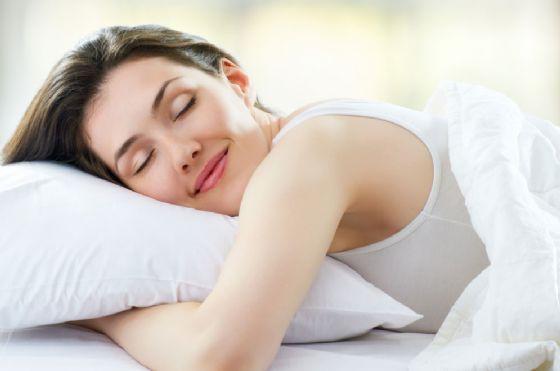 Dormire un po' di più non fa ingrassare
