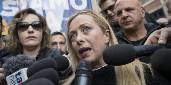 Giorgia Meloni durante una manifestazione di Fratelli d'Italia