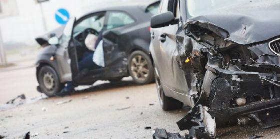 Incidente tra due automobili