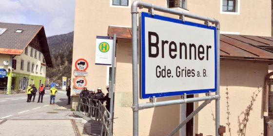 Austria, pugno duro coi migranti. Istituita task force: controllerà le frontiere