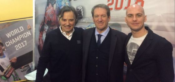 Giovanni Copioli (presidente Fmi), Andrea Albani (Misano World Circuit) e Luca Brivio (VR46) al Motor Bike Expo di Verona
