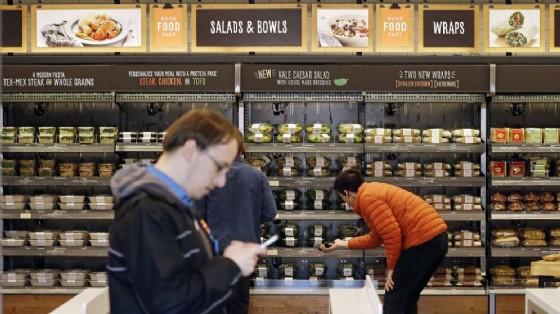 Amazon apre il primo negozio senza casse